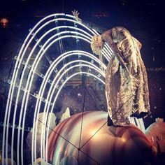 provocative-planet-pics-please.tumblr.com Selfridges window display #Selfridges #selfridgesdisplaywindow #planets #artwork #London by welsh_poppy_photography https://instagram.com/p/9b5BvlxL-j/