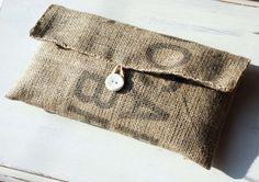 Handmade Coffee Bean Sack Cloth Bag // Burlap Clutch Bag // Recycled Hessian Clutch Bag // Coffee Be Burlap Coffee Bags, Hessian Bags, Burlap Sacks, Jute Bags, K Fashion, Fashion Bags, Burlap Purse, Coffee Bean Sacks, Coffee Beans