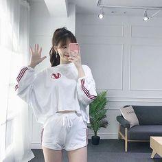 lazy day outfits for plus size women Sporty Outfits, Kpop Outfits, Korean Outfits, Girl Outfits, Cute Outfits, Fashion Outfits, Korean Street Fashion, Korea Fashion, Asian Fashion