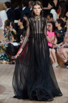 Valentino: Haute Couture II   ZsaZsa Bellagio - Like No Other
