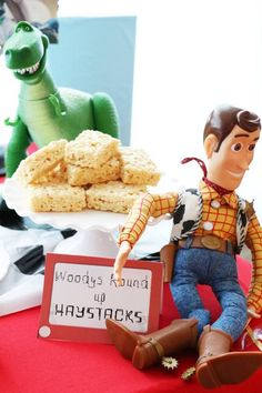 Toy Story 4 Party Ideas Woody's Round Up Haystacks from a Toy Story Birthday Party on Kara's Party Ideas Bolo Toy Story, Toy Story Food, Toy Story Baby, Toy Story Theme, Toy Story 3, Woody Birthday, 2nd Birthday Party Themes, 3rd Birthday, Birthday Ideas