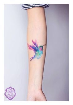 Lovely little hummingbird Tattoo by Candelaria Carballo.