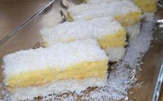 Rychlá příprava a chutný zákusek. Z plechu zmizí za pár minut. Mňamka! Serbian Recipes, Czech Recipes, Hungarian Cake, Eastern European Recipes, Torte Cake, No Cook Desserts, Desert Recipes, Dessert Bars, Vanilla Cake