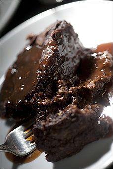 Chocolate Bread Pudding recipe {if you make it, please call me} Pudding Desserts, Köstliche Desserts, Pudding Recipes, Delicious Desserts, Dessert Recipes, Yummy Food, Pudding Cake, Plated Desserts, Yummy Yummy