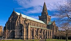 Glasgow Travel Guide - Expert Picks for your Vacation Glasgow Cathedral, Edinburgh City Centre, Barcelona Cathedral, Riverside Museum, Lago Ness, England And Scotland, Glasgow Scotland, Stirling Castle, Edinburgh