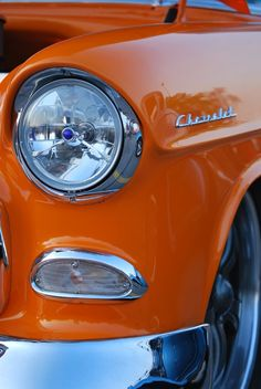 Car photography via Photography Talk. Car photography via Photography Talk. Orange Aesthetic, Rainbow Aesthetic, Aesthetic Colors, Aesthetic Pictures, Jaune Orange, Orange Yellow, Orange Color, Burnt Orange, Orange You Glad
