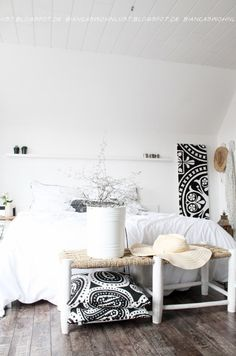 Cocooner dans une chambre en noir et blanc !