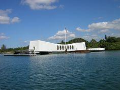 USS Arizona Memorial at Pearl Harbor Visiting Oahu and having a great time does not… Oahu Vacation, Dream Vacations, Vacation Trips, Vacation Spots, Vacation Ideas, Visit Hawaii, Oahu Hawaii, Kauai, Hawaii Honeymoon