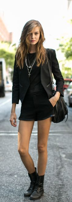 I need all of this. Right now. Black on black on black on black! I can't get enough of this look!