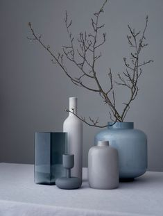 Riikka Kantinkoski/ceramics and glass Wabi Sabi, Ceramic Pottery, Ceramic Art, Home Decor Accessories, Decorative Accessories, Decoration Plante, Still Life Photography, Vases Decor, Minimalist Home