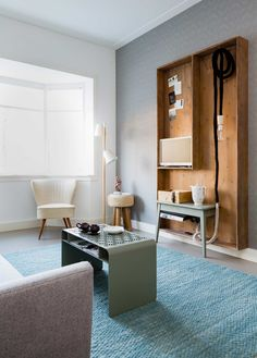 Tv kast bij Charlotte en Jochem uit aflevering 1, seizoen 6   weer verliefd op je huis   Make-over door: Frans Uyterlinde   Fotografie Barbara Kieboom