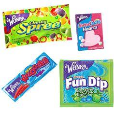 Wonka Fun Mix - Wonka Fun mix is een combinatie van vier verschillende soorten Wonka snoep. Cherry Kazoozles, Wonka Chewy Spree, Wonka Sweetarts en Wonka Fun Dip.  De Cherry Punch Kazoozles zijn gemaakt van een soort blauwe marshmellow met daar omheen een rode fruitgum. Ze smaken naar kersen en ze zijn lekker zoet! De Wonka Fun Dip is een zakje met een stokje die je lekker kan dippen in RazzApple Magic Dip. De Wonka Chewy Spree zijn ronde platte snoepjes.