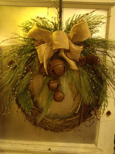 Rusty Bell Winter Wreath www.heartnhomeonline.com Julie Wurr, Designer
