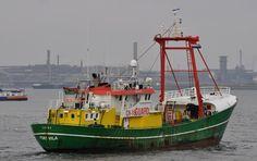 Aankomst  21 maart 2016 te IJmuiden onderweg naar de Trawlerkade LINDA-C http://koopvaardij.blogspot.nl/2016/03/aankomst_22.html