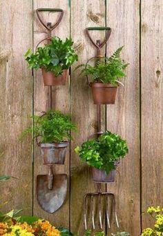 40+ Affordable Vertical Garden Ideas