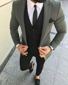 Moss green blazer casual outfit for men Indian Men Fashion, Mens Fashion Suits, Mens Suits, Womens Fashion, Terno Slim Fit, Blazer Outfits Men, Blue Blazer Outfit Men, Grey Suit Men, Green Suits For Men