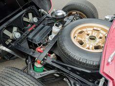 http://cdn.silodrome.com/wp-content/uploads/2014/12/Lamborghini-Miura-18.jpg