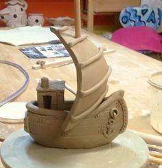 Am 2. Wochenende waren die Wikinger in der Töpferei und haben Langboote gebaut. In meinen individuellen Töpferkursen ist alles möglich.