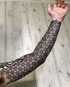 Floral geometric sleeve tattoo by Nissaco Geometrical Tattoo, Geometric Tattoo Pattern, Geometric Sleeve Tattoo, Geometric Tattoos Men, Full Sleeve Tattoo Design, Sacred Geometry Tattoo, Full Sleeve Tattoos, Pattern Tattoos, Abstract Pattern