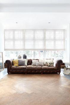 Als u een frisse uitstraling in uw woonkamer wilt hebben? kies dan eens voor een wit vouwgordijn
