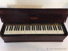 INSTRUMENTOS MUSICALES EN TODOCOLECCION: PIANO DULCITONE