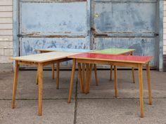 walter tafel - studio woot woot - super, maar te klein, ik wil een grotere tafel, maar wel graag een eenvoudige zoals deze, en toch speciaal met het gekleurde werkblad
