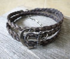 Free gift Brown Magnet Buckle Claps Leather Infinite Bracelet - leather bracelets #handmadeleatherbracelets #leatherbracelets. #bracelet #handmadeleatherbraceletsdiy