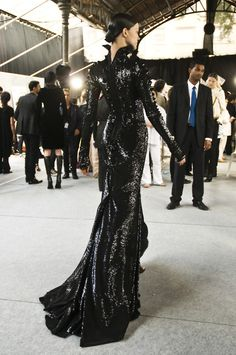 If anyone feels like buying this Givenchy gown for me for Endless Night, I seriously won't have an issue with that. ;)