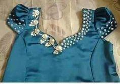 Bleu algerien dress robe d'intérieur algerienne avec des perles de cultures