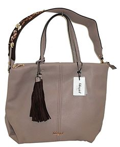 Borsa shopping due manici BLUGIRL BG 830002 women bag BEIGE in OFFERTA su www.kellieshop.com Scarpe, borse, accessori, intimo, gioielli e molto altro.. scopri migliaia di articoli firmati con prezzi in SALDO #kellieshop Seguici su Facebook > https://www.facebook.com/pages/Kellie-Shop/332713936876989