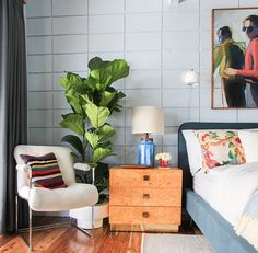 Fiddle Leaf Fig Tree Care | midcentury bedroom