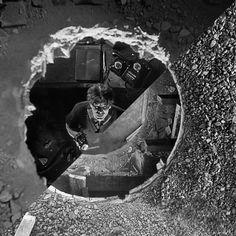 "confórmi on Instagram: ""Fritz Lang, M – A City Searches for a Murderer, 1931 VS Gordon Matta-Clark, Conical Intersect, 1975"" Fritz Lang Film, Gordon Matta Clark, Film Institute, Silent Film, Horror Films, Film Director, Screenwriting, Expressionism, City"