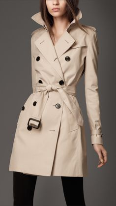 Burberry London womens double breasted short trench coat 1