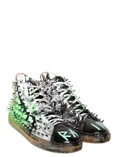 Gienchi - Hand-Painted Canvas High Top Sneakers - they should be mine! f3833f3bc340