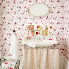 Vintage rose bathroom with floral splashback