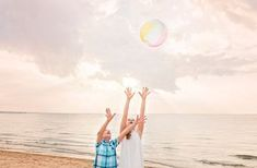 Beach photo ideas, child photography, child posing ideas, beach photography ideas, family photography, sibling photo ideas
