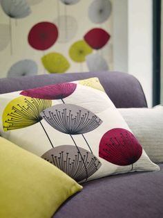 Cushion: Dandelion Clocks 222394