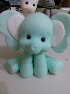 Fondant Elephant, Elephant Cake Toppers, Elephant Cakes, Fondant Cake Toppers, Fondant Cupcakes, Fondant Figures, Cupcake Toppers, Polymer Clay Animals, Polymer Clay Crafts