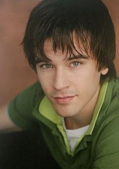 Graham Wardle - The best Graham Wardle Images, Pictures, Photos, Icons and Wallpapers on RavePad! Ty Heartland, Heartland Ranch, Ty E Amy, Ty Borden, Johnny And June, Graham Wardle, Amber Marshall, Heart Land, Beautiful People