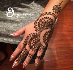 Inked... Henna Hand Designs, Indian Henna Designs, Best Mehndi Designs, Mehndi Designs For Hands, Simple Mehndi Designs, Henna Tattoo Designs, Design Tattoos, Henna Tattoo Hand, Henna Body Art
