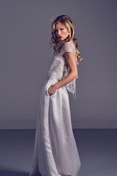 Brautkleid von IOSOY Barbara Weigand über MARRYJim.com