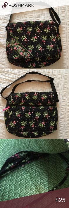 Vera Bradley Computer Bag Computer bag  used and in good condition, still has a lot of life left. Vera Bradley Bags Laptop Bags