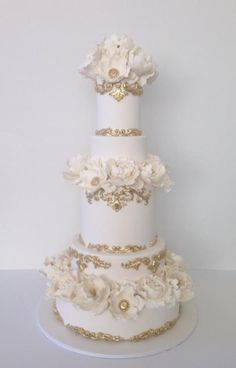 Lux wedding cake - Cake by Iced Creations