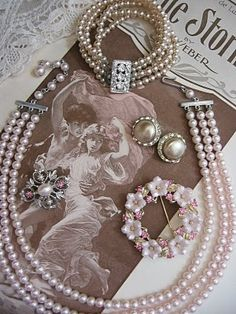 Such Beautiful Vintage Pearl's.....