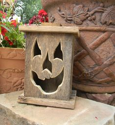 Wood lantern, made with rustic worn wood, Jack-O-Lantern for Halloween/ Fall Art decor for the patio or front porch by artist Bill Miller Halloween Wood Crafts, Rustic Halloween, Fall Crafts, Fall Halloween, Halloween Decorations, Halloween Rustique, Jack O'lantern, Battery Operated Tea Lights, Adornos Halloween