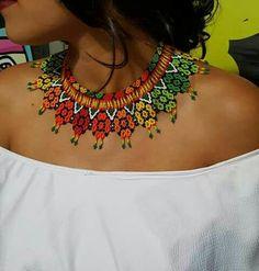 Beaded Choker Necklace, Beaded Jewelry, Lanyards, Jewelry Crafts, Wedding Jewelry, Collars, Beading, Helmet, Fashion Accessories