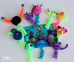 Monsters University Finger Puppets- needs hot glue gun Monster Treats, Monster Party, Monster Movie, Monster Games, Mini Monster, Easy Crafts For Kids, Art For Kids, Diy Crafts, Pipe Cleaner Crafts