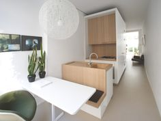 Great idea for a small kitchen! multi-functional furniture is also a great idea to make the most out of your room Small Space Living, Tiny Living, Living Spaces, Tiny Spaces, Small Apartments, Küchen Design, House Design, Design Ideas, Compact Living