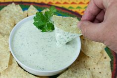 Creamy Jalapeno Cilantro Dip - Be WARNED! This dip is addictive! Fresh, creamy, spicy dip, sauce or dressing. Spinach Artichoke Cups, Spinach Dip, Dip Recipes, Mexican Food Recipes, Cooking Recipes, Vegan Recipes, Seasoned Oyster Crackers, Creamy Jalapeno Dip, Sauces