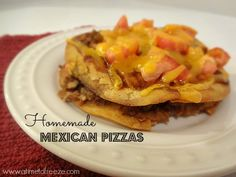 Mexican Pizzas ~ A Time to Freeze #tacobellcopycat #mexicanpizzas #frozentacomeat